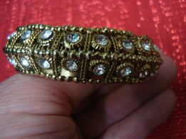 bransoletka mosiężna z cyrkoniakmi srednica 6 cm
