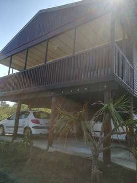 House with seaview and alarm sistem