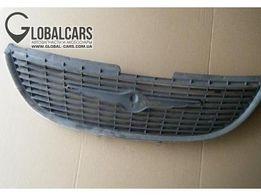 Продам решетку радиатора вояджер,караван,рам ван.