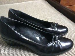 Женские туфли
