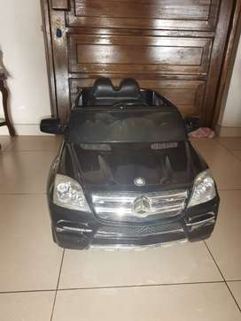 Mercedes Ride on