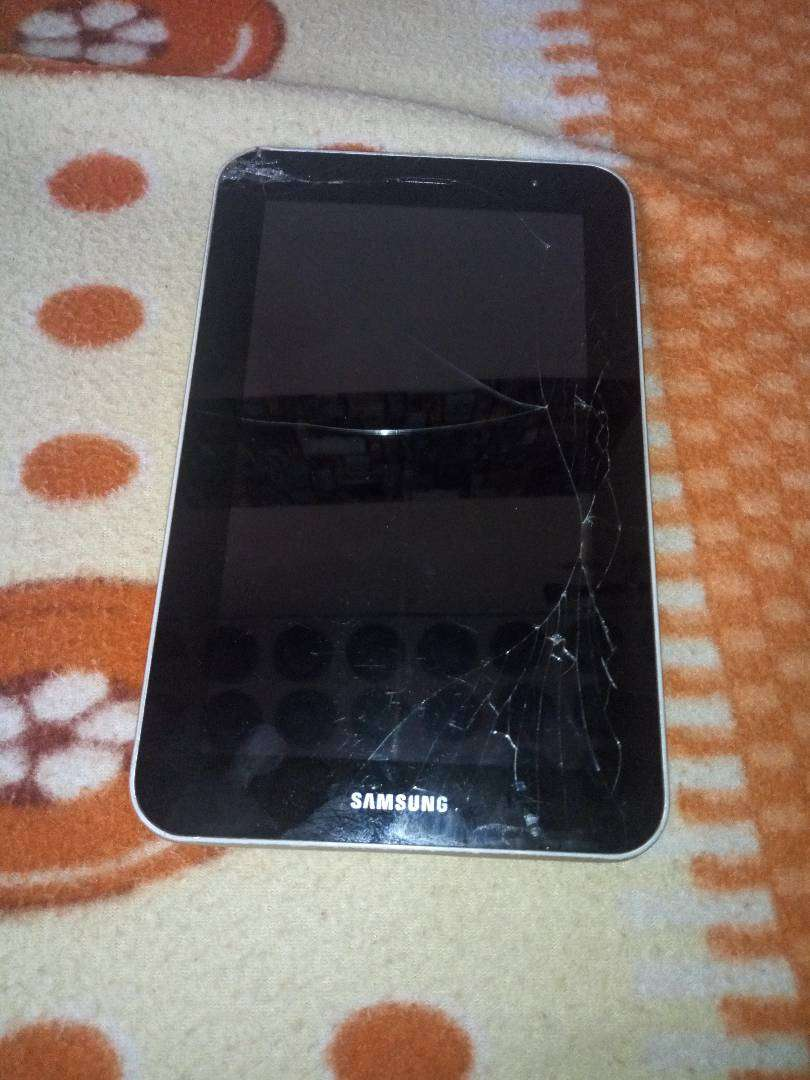 Samsung tablet for sell 0