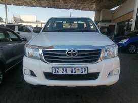 2014 Toyota Hilux 2.5 engine capacity D4D 4x4 High Raider with oxilary
