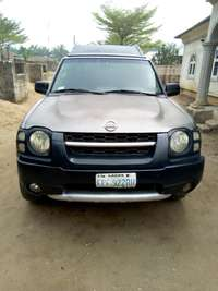 Clean Nissan xterra Jeep with DVD player 0
