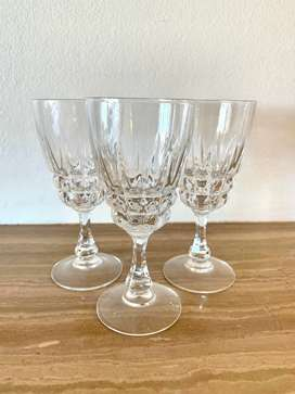 Detailed Glass Champagne Glasses Set of 3