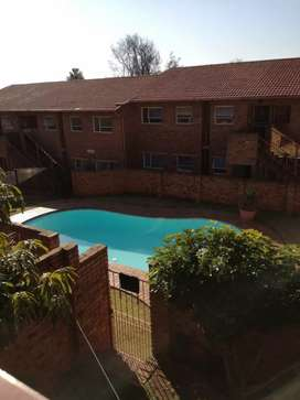2 bedroom flat to rent in ferndale