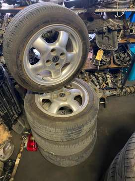 VW RIMS AND NEW TYRES (165/60/14)