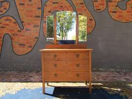 Lovely Cottage Style dressing table