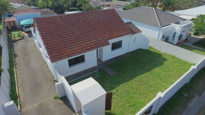 BEACH ROAD – ZONED BUS 4 – PROPERTY AUCTION! 0