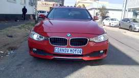 2014 BMW 316i  automatic , Red