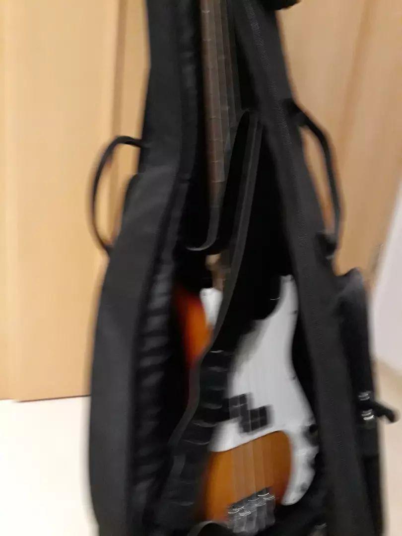 4 strunski bas z pasom in torbo 0