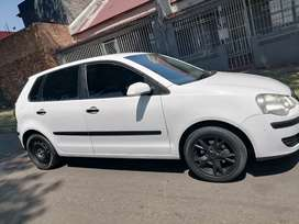 VOLKSWAGEN POLO BUJWA IN EXCELLENT CONDITION