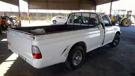 Hi m selling my bakkie in still good condition