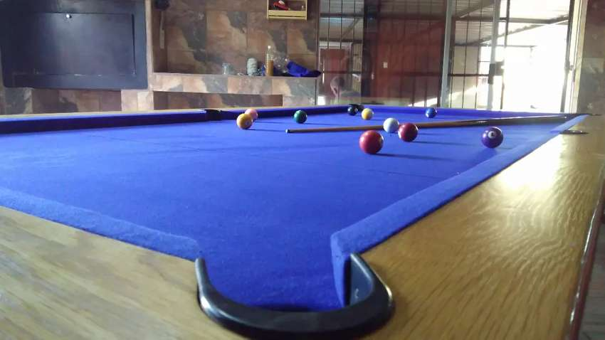 Pool and Snooker tables recover and maintenance 0