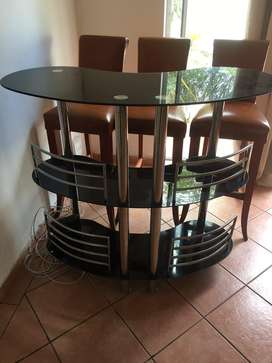 Bar and 4 leather brown stools