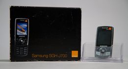 Samsung sgh-J700 - telefon, słuchawki. ładowarka