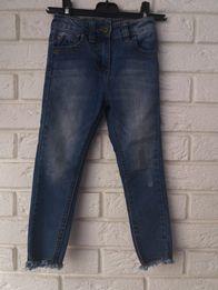 Levis - spodnie jeans przetarcia. Rozm. 4 (104-110)