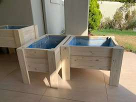 Handmade Natural Standing Plant/Herb boxes. Prices and details below.
