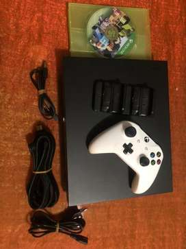 Xbox one X 1TB 4K console,1 controller & 1 game with extra accessories