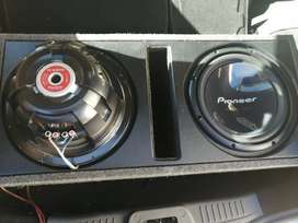 """Targa Amp 4Channel Mosfet with 2 x13"""" 1400watt subs in box"""