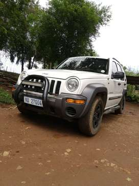 Electric windows , aircon, leather seats,4x4