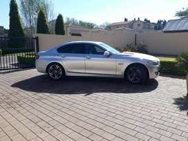 Executive 2010 BMW 5 Series Sedan with lots of extras