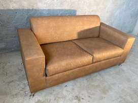 2 division couch