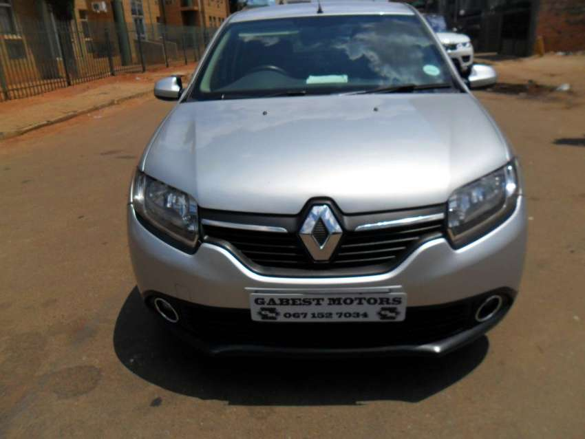 2016 Renault Sandero 900t expression turbo with 21000km