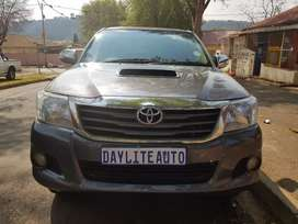 2013 Toyota Hilux 3.0 D4D Legend 45 4x4 Automatic with leather seats