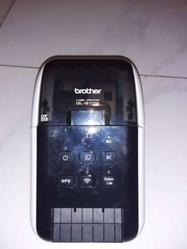 It is a Brother Pro wireless Label printer and the model is a QL-810w