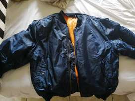 Bomber jacket (new and neg,)