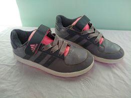 Кроссовки Adidas оригинал, р.33, девочке