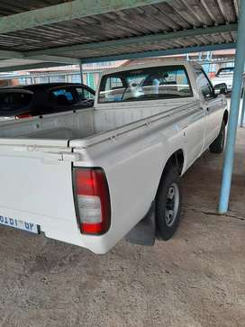 Nissan NP300 Bakkie in excellent driving condition. 6years.