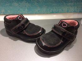 Ботинки черевики clarks