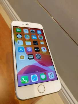 iPhone 6s 64gb immaculate condition