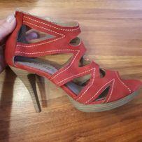 Czerwone sandałki szpilki skóra naturalna