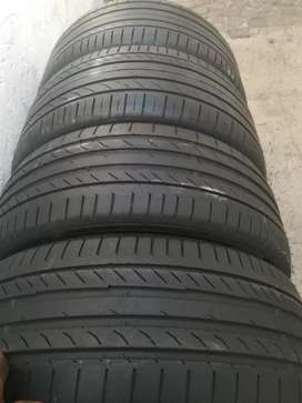 255/40/18 and 225/45/18 Runflat Continental still with 80%thread life