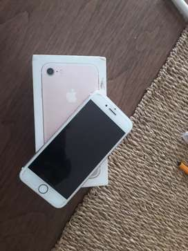 iPhone 7 with box and accessories. Excellent condition.