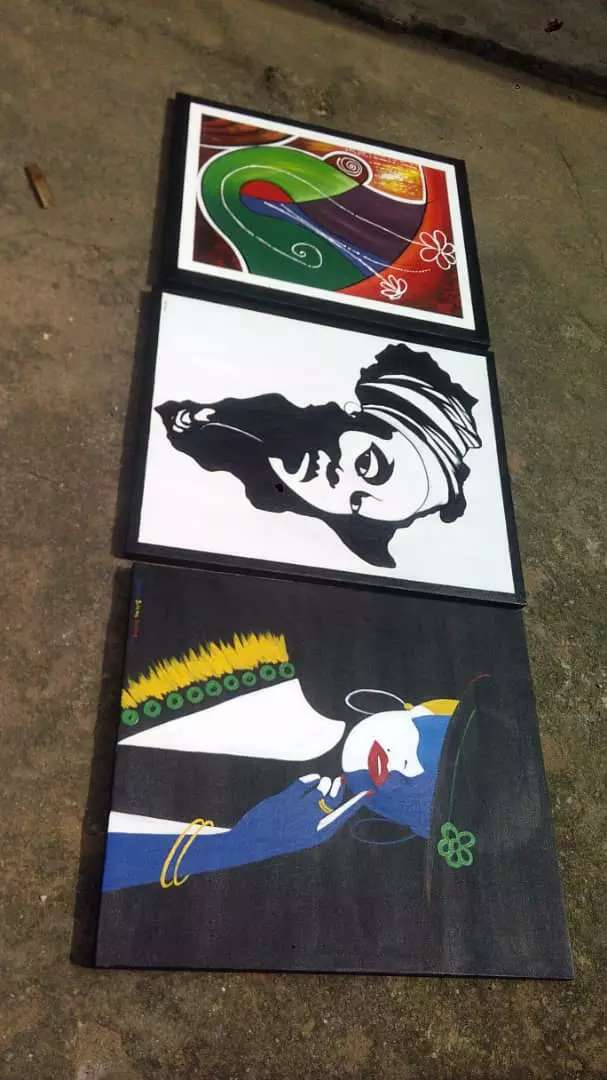 Beautiful artworks hand painted 0