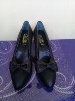 Туфли женские, размер 36, Москва, фирма, бабочки снимаемые!