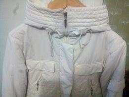 Белоснежная куртка.
