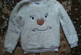 Махровый свитер размер 92/98 подойдёт на 2-4 года как новый