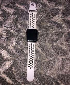 Apple Watch Series 3 42mm Gray Aluminum With Nike Sports Band