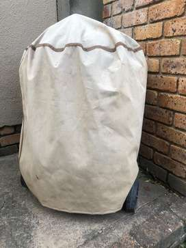 Weber braai with cover