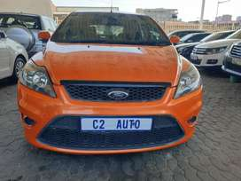 2010 Ford Focus ST 2.0 Manual