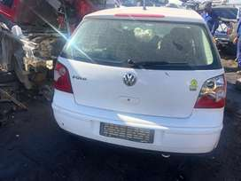 VW POLO (BAH) STRIPPING FOR SPARES