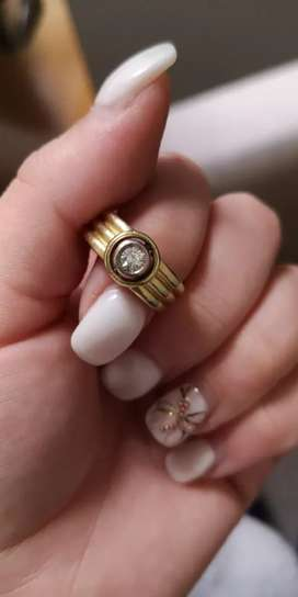 Genuine Diamond and Gold Ring for Salw