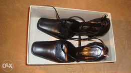 Женские модельные черные туфли Berto Lucci 38р.(италия)
