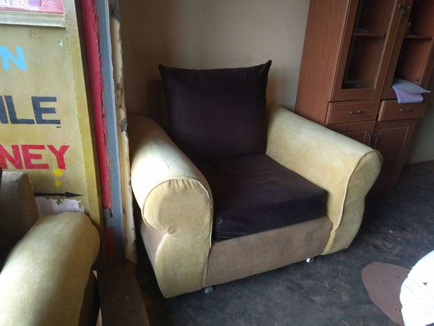 5 seater Giant sofa 0