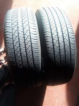 215/65/16 Dunlop very good condition